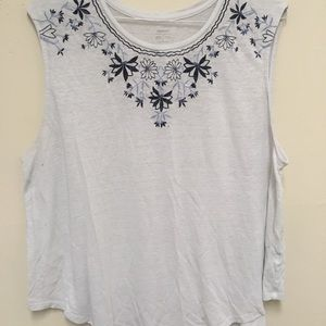 Tank top old navy white and blue size XXL